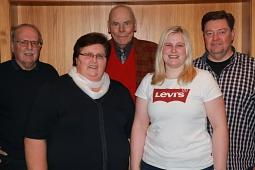 Geschichtsträchtiges Bild: Die bisherigen Vorsitzenden des TTC Haßbergen Manfred Holste, Anni Müller, Burkhard Schmädeke, Ann-Katrin Thömen und Andreas Bergmann. Es fehlen lediglich Walter Struß und Heinrich Holste.